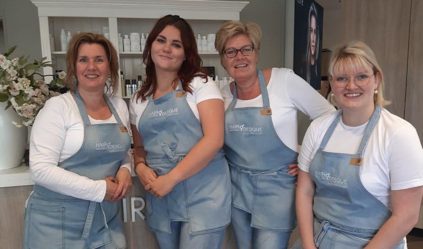 Het Hairdesqueteam verwelkomt graag nieuwe medewerkers.