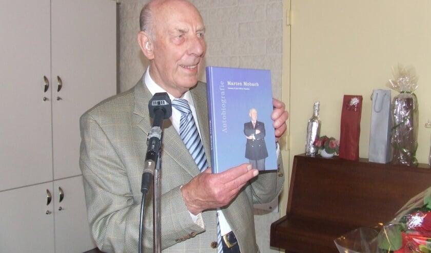 Mobach presenteert zijn boek in 2010. [foto Guus Geebel]