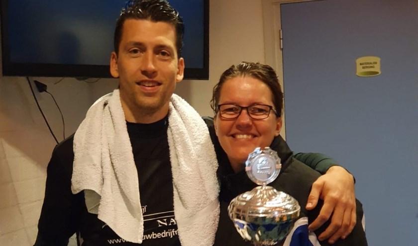 Maarten en Jannie zetten het Schutterstoernooi op hun naam.