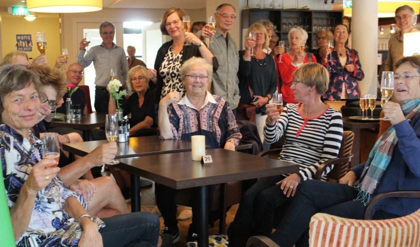 Taalpunten De Bilt proost op een nieuw cursusjaar.