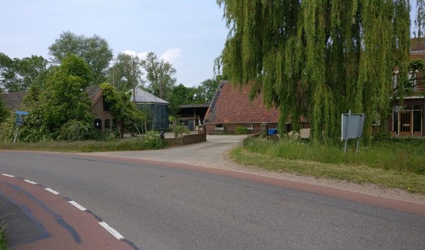 Locatie Kerkdijk 176 in Westbroek is financieel niet haalbaar als locatie voor brandweerpost Westbroek - Tienhoven. [foto Henk van de Bunt]