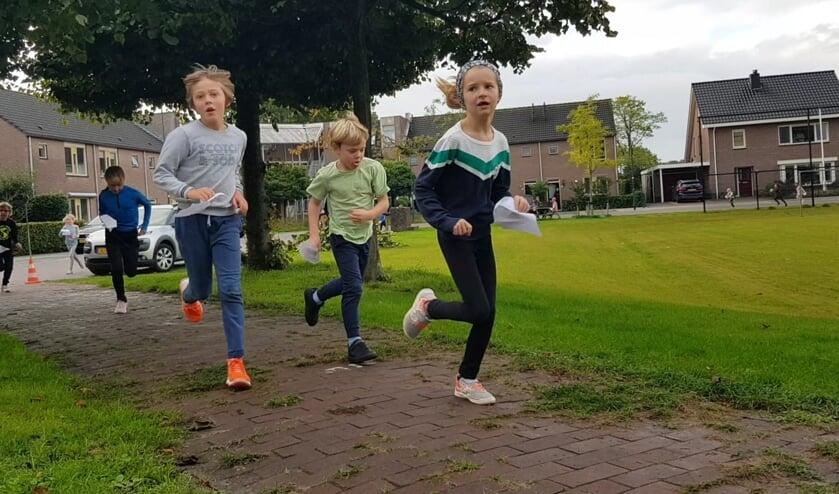 <p><em>Leerlingen van De Nijepoort zijn bezig met hun sponsorloop.</em></p>
