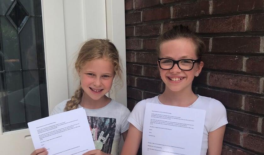 Juno en Yfke hebben al anderhalf jaar geleden een brief gegeven aan alle bewoners van de Groenekanseweg om er voor te zorgen dat er minder hard op de Groenekanseweg wordt gereden.