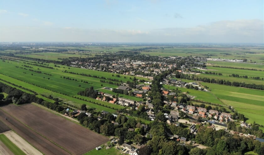 Landerijen ten oosten van de Julianalaan en de Prinsenlaan en ten zuiden van de Dorpsweg in Maartensdijk. (foto Max Maatman)