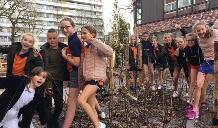 Leerlingen zijn enthousiast over het voedselbosje.