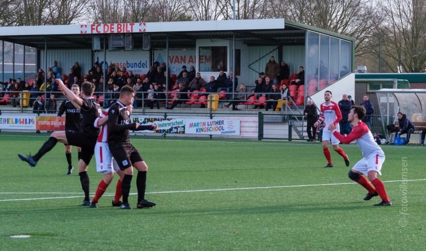 FC De Bilt zit in de knel.