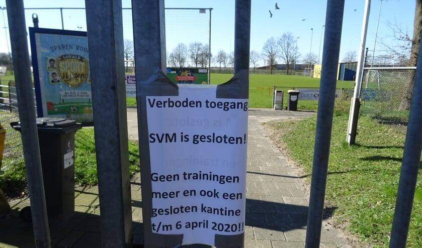 Het sportpark zit op slot en is voor geen enkele activiteit te gebruiken.