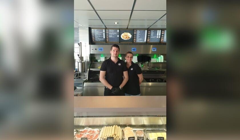 De cafetaria van Coen en Linda draait goed door tijdens de crisis.