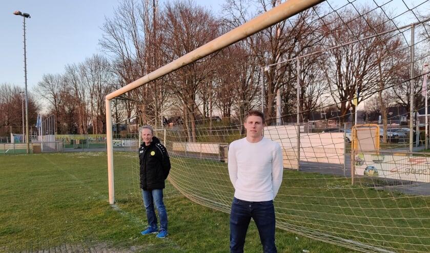 V.l.n.r. Wout van Dronkelaar en Kevin Ligtermoet hebben hetzelfde doel voor SVM: 'In augustus een voor iedereen gezonde start van de nieuwe competitie maken'.