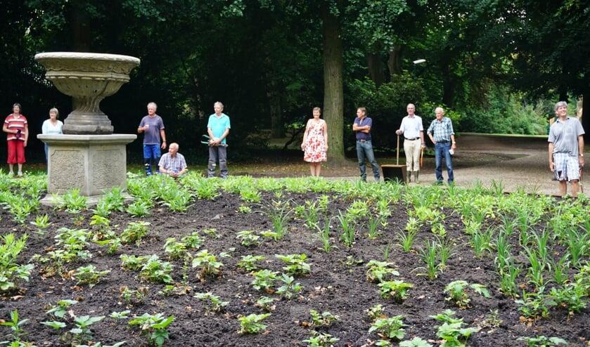 Toch nog een cérémonie protocollaire tijdens de maandelijkse werkochtend in het van Boetzelaerspark.