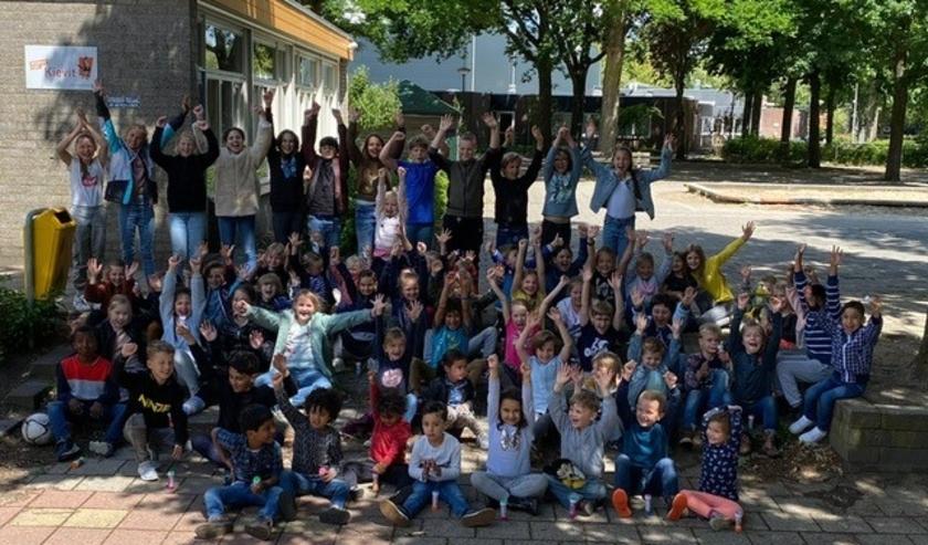 De Kievit is trots op haar leerlingen, blij dat ook echt iedereen weer op school en in goede gezondheid is.