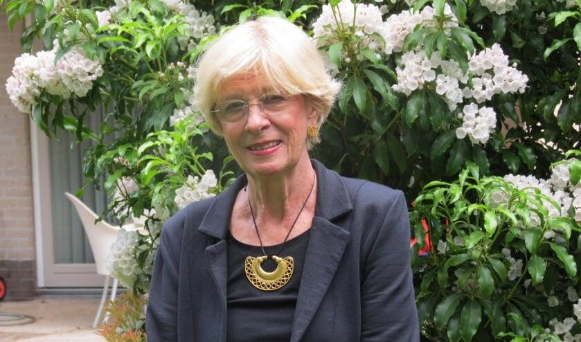 Rita Maas zette zich tien jaar intensief in voor de exposities in het gemeentehuis.