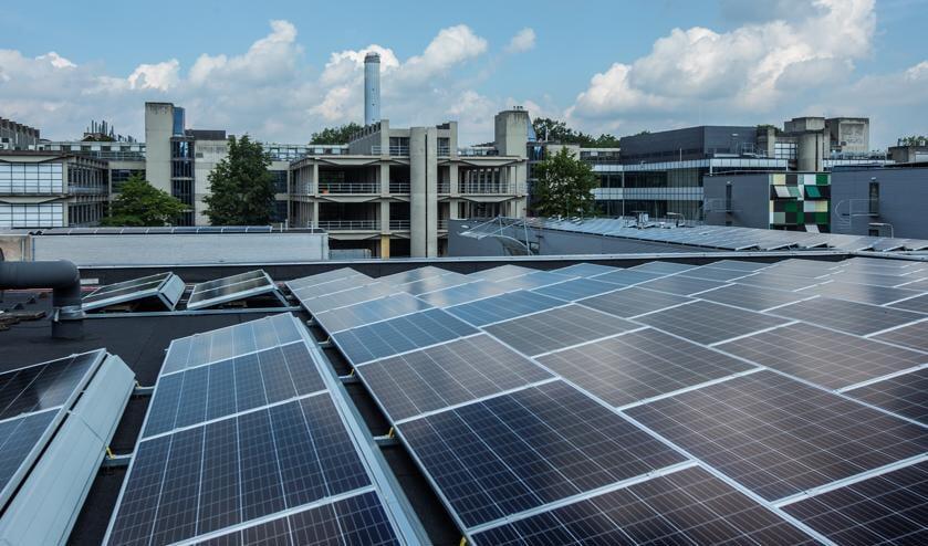 Drieduizend zonnepanelen op de daken van Utrecht Science Park Bilthoven.