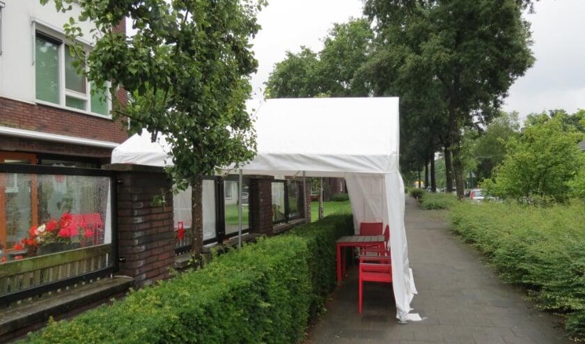 Een van de coronamaatregelen bij woonzorgcentrum De Koperwiek.