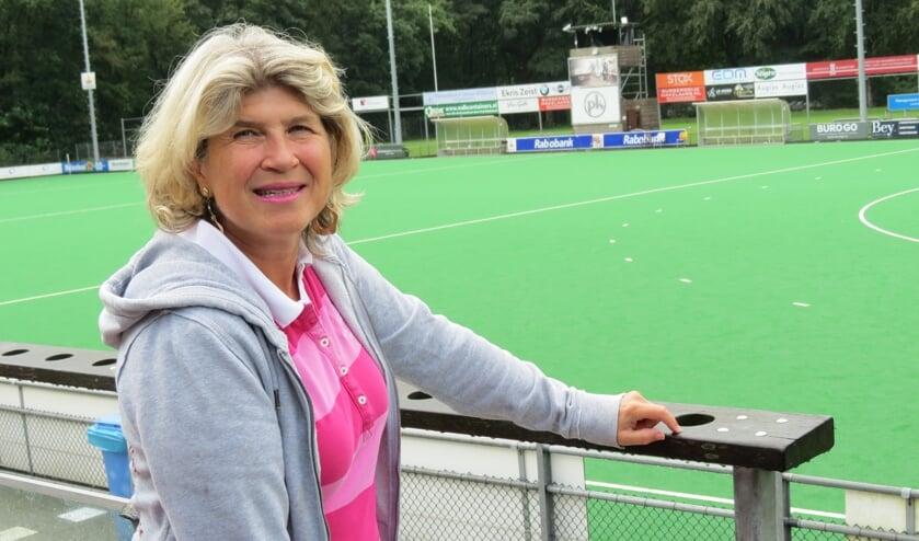 Wethouder Madeleine Bakker met onder meer sport in haar portefeuille.