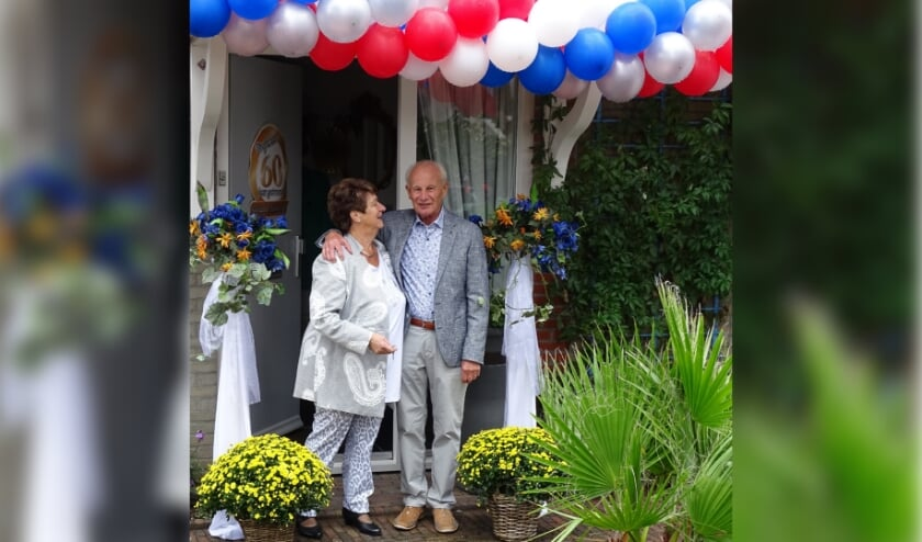 Arie en Alie van der Tol uit Westbroek zijn 60 jaar getrouwd.