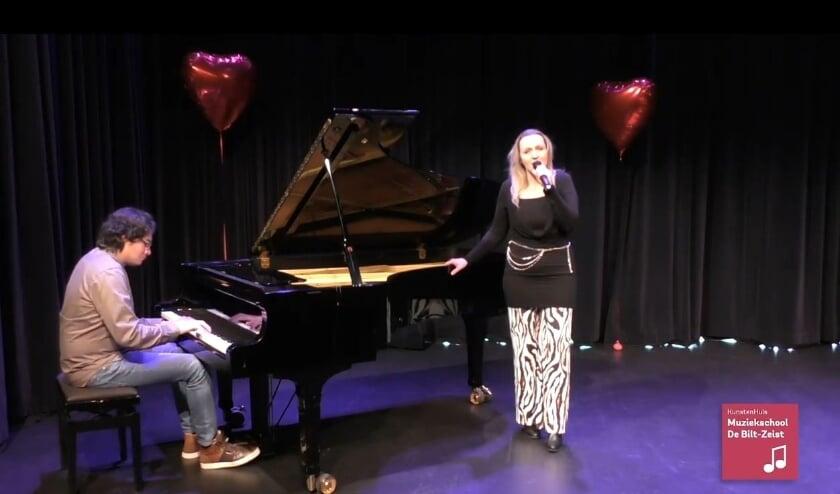 Louis Braam en José Bosschers sloten het online Valentijnsconcert van Het Kunstenhuis af.