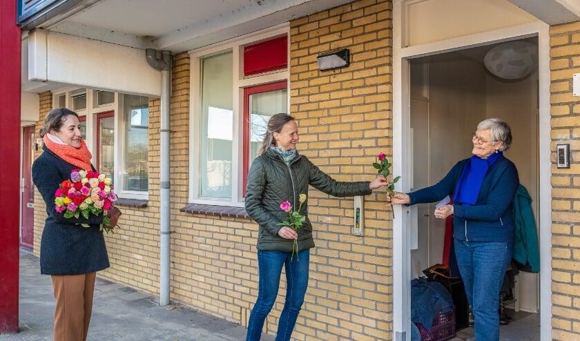 Samen voor De Bilt Rozenactie WijkGeluk. Foto: Hans Lebbe / HLP images