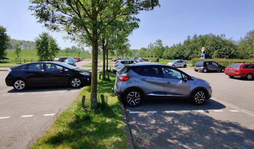 <p><em>Op de parkeerplaats is het in het weekeinde vooral &rsquo;s ochtends druk sinds corona.</em></p>