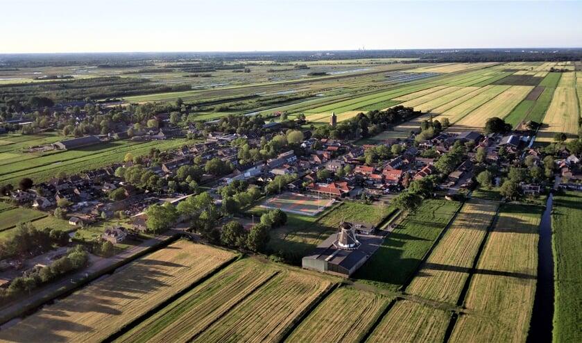Herkenbaar beeld van Westbroek vanuit de lucht. (foto Arne Scholten)