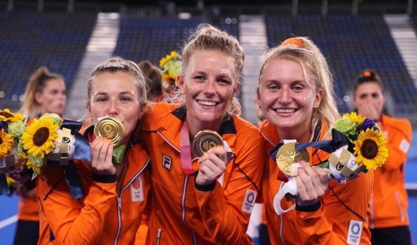 De SCHS dames met hun gouden plak.