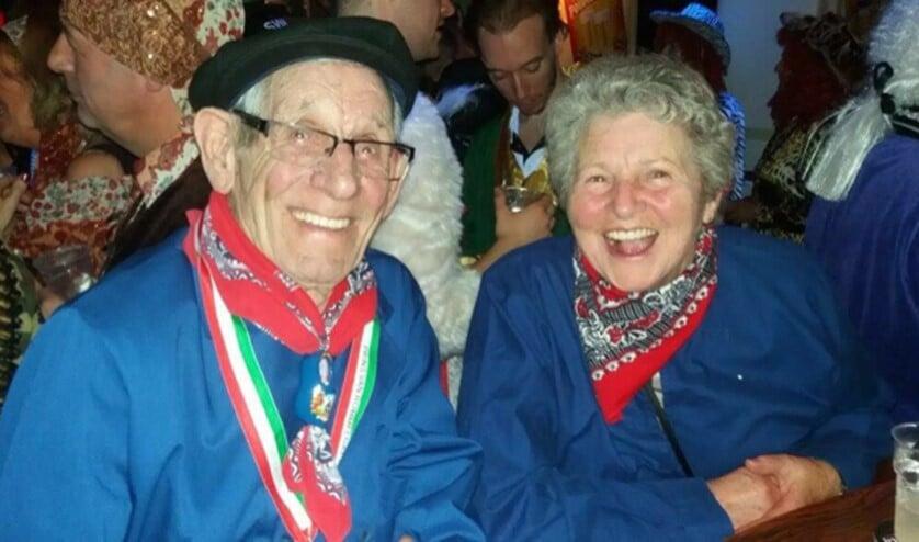 Annie (84) en Marinus(88)Tops-Baetsen. FOTO: Familie.