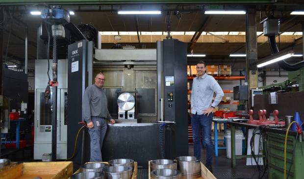 Arjen de Gunst en Lennard van de Weg in Machinefabriek Elburg.