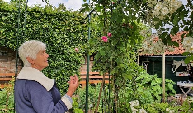 Marian van der Geer is beheerder van De Groene Kruidhof in Elburg.