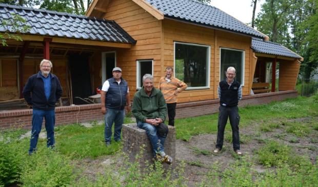 V.l.n.r. Dick Hup, Jan Kolkman, Jan WIllem Spronk, Kees Kanis en Jan Mulder.