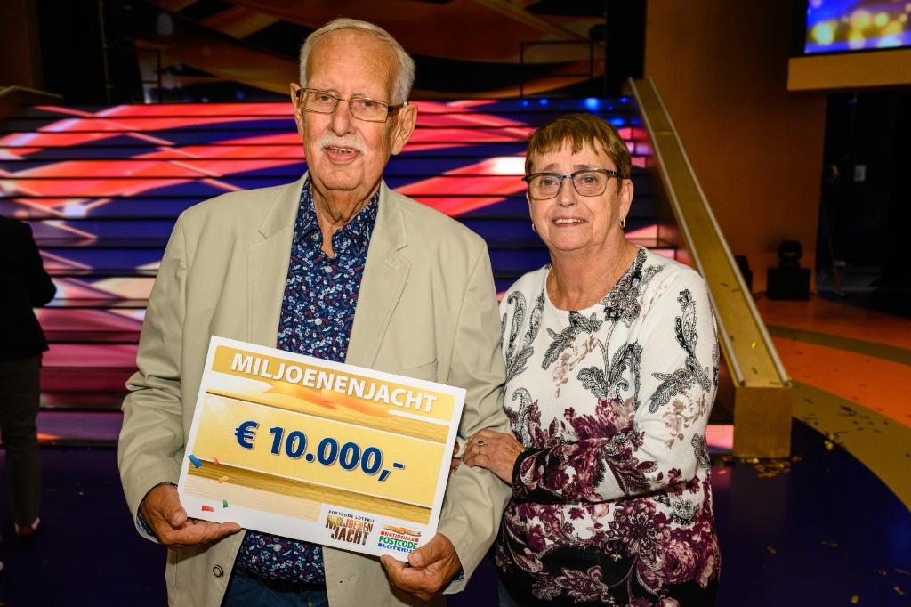 Inwoners Elburg Winnen Samen 25 000 Euro Bij Tv Show Miljoenenjacht Veluwe Koerier Al Het Nieuws Uit Elburg En Oldebroek