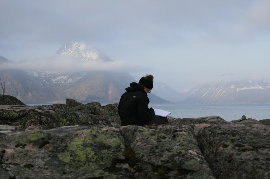 <p>&nbsp;Marieke op Spitsbergen.&nbsp;</p> <p>&nbsp;Eigen foto</p> © De Veluwe Koerier