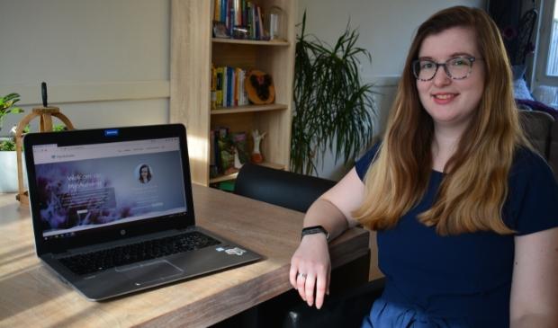 <p>&nbsp;Met haar website wil Monique een positiever en realistischer beeld van autisme geven. &nbsp;</p>