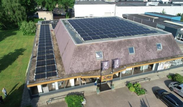 <p>&nbsp;De 480 zonnepanelen zijn een mooie investering.&nbsp;</p>
