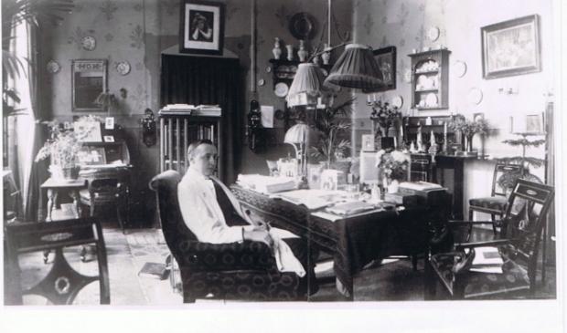 <p>&nbsp;Sprreekkamer van dokter Bijnen rond 1910.&nbsp;</p>