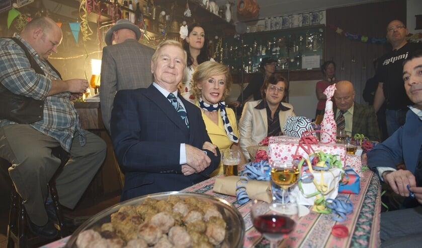 • In 2014 was Kegelhuis De Engel nog het decor van filmopnamen van 'Toen was Geluk nog heel gewoon'.