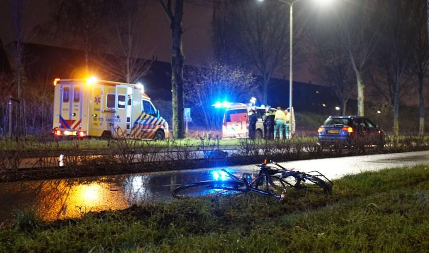 • Het 16-jarige slachtoffer werd op de fiets geschept door een 19-jarige automobilist. (foto: Etiënne Hessels - ZHZ Actueel)