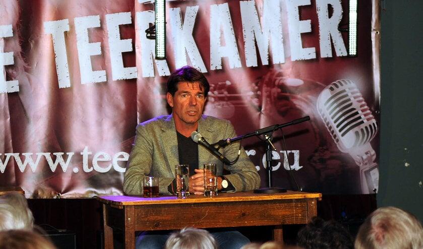 <p>Twan Huys in De Teerkamer in Woudrichem.</p>