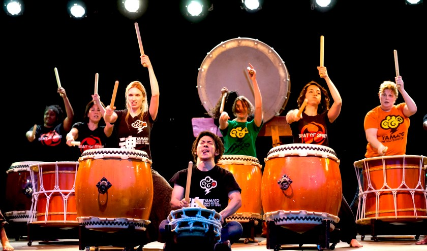 • Yamato Taiko Drumming School (foto: Nico van Ganzewinkel)