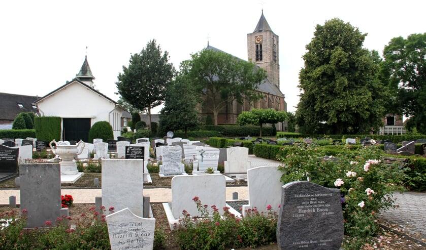 • De begraafplaats in Hoornaar is naar verwachting over veertien jaar vol.