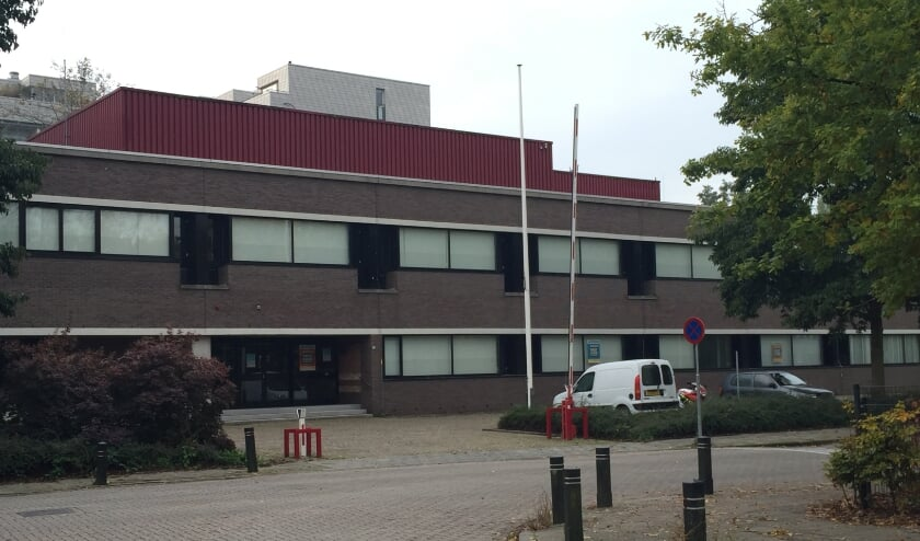 <p>&bull; Het oude Belastingkantoor in Gorinchem.</p>