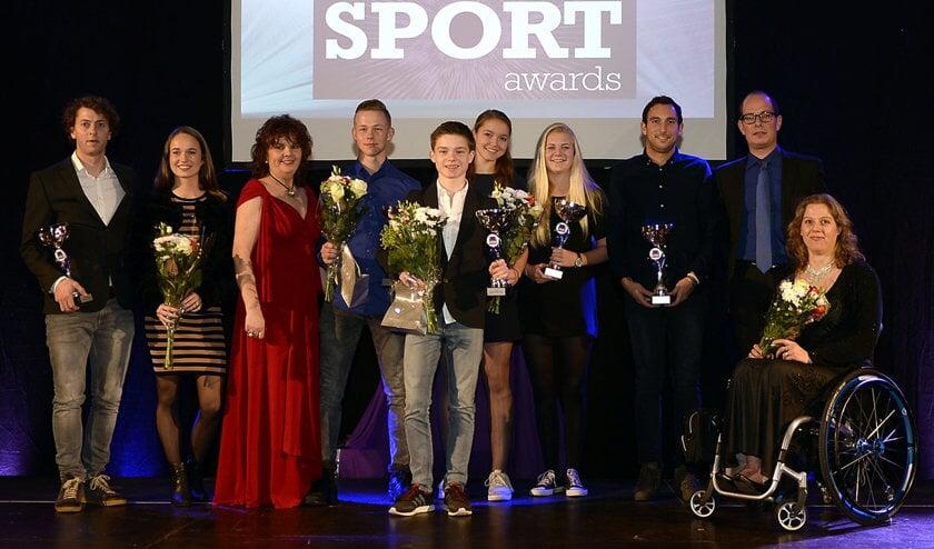 Alle winnaars op het podium in d'Alburcht.