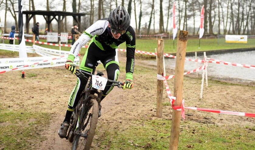 • Ruben van der Stelt in actie in Hoornaar.
