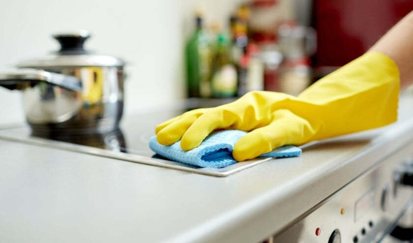<p>&bull; Te veel Krimpenaren vragen via de Wmo bij de gemeente huishoudelijke hulp aan terwijl ze genoeg vermogen hebben om de hulp zelf te betalen.</p>