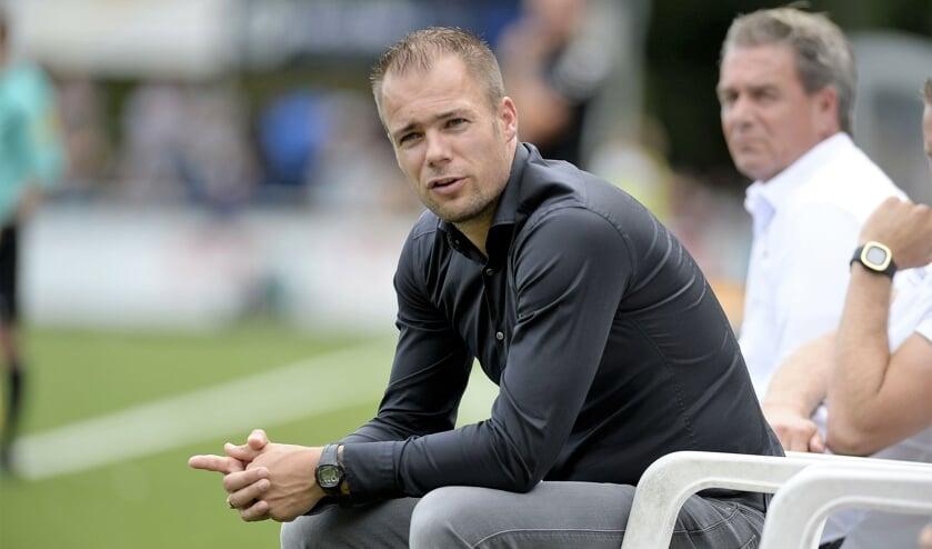 • Danny Buijs in zijn periode als trainer van Kozakken Boys.