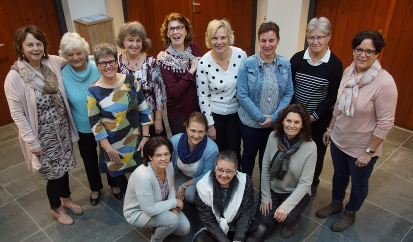 <p>&bull; Het comit&eacute; van de Interkerkelijke Vrouwen Ochtend van twee jaar geleden.</p>