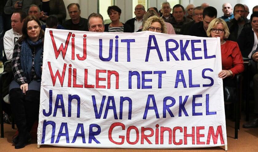 • Arkel liet zich gelden tijdens één van de raadsvergaderingen over de herindeling van Giessenlanden.