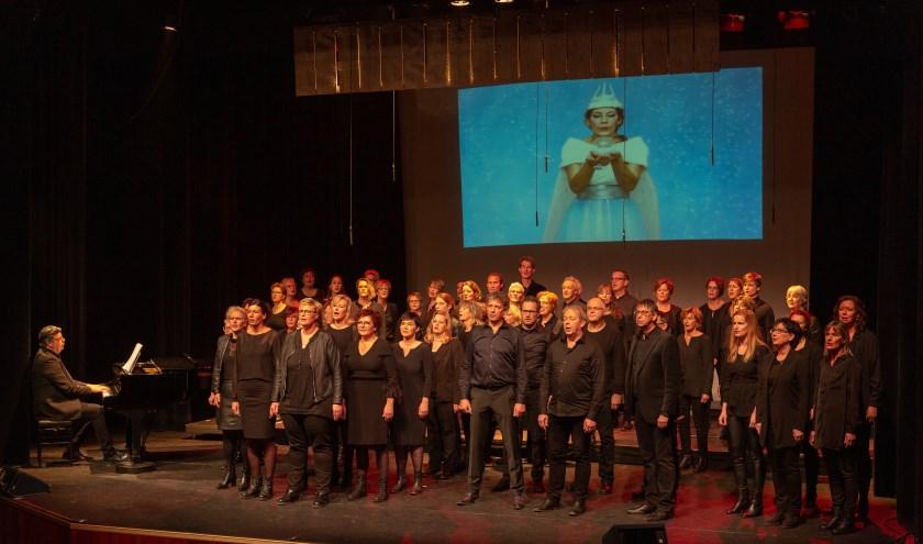 • Zinder op het podium van De Poorterij.