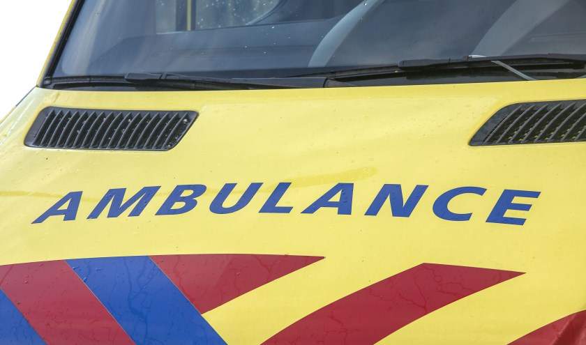 • De motorrijder werd ter controle naar het ziekenhuis gebracht.