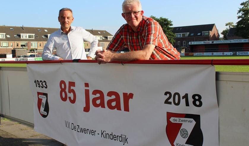 • Ab van Driel en Cok de Jonge, drijvende krachten achter de festiviteiten.