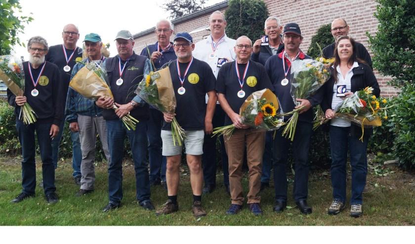 • De succesvolle afvaardiging van het Schuttersgilde Lexmond en Hei- en Boeicop.